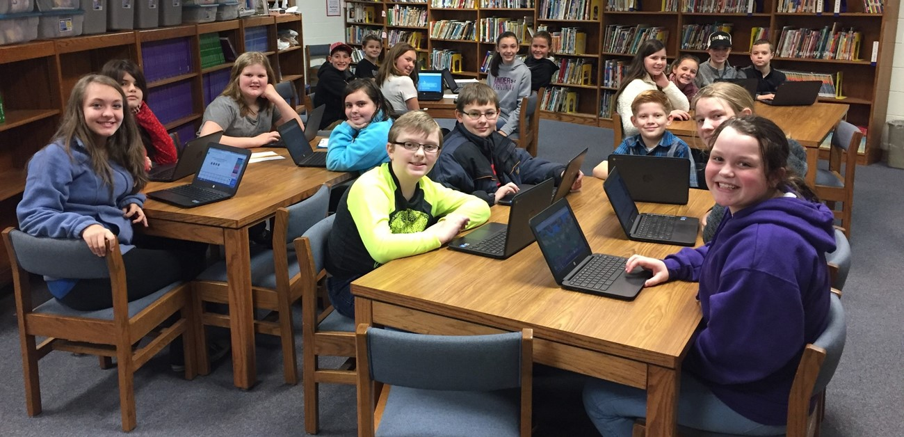 BES Students on Chromebooks